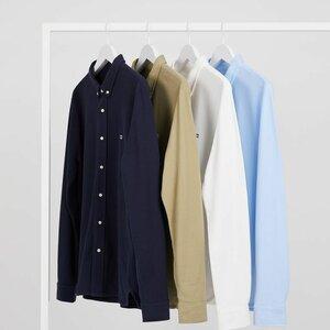 EQ Clothing B.V. image 2