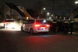 Automobilist slaat op de vlucht in Huizen