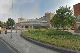 College Huizen doet tóch aangifte tegen lek op gemeentehuis