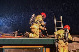 Brand laait tot twee keer op in chalet op vakantiepark Nederhorst den Berg
