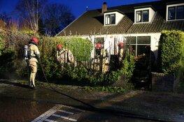 Heg in brand in Huizen