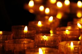 Muiden rouwt om omgekomen tiener: geen feest en oproep tot geen vuurwerk