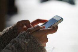 Steeds meer ouderen zijn aan het appen