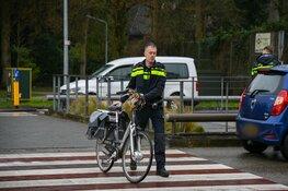 Vrouw gewond na aanrijding in Hilversum