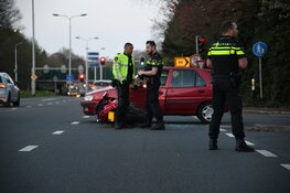Gewonde bij botsing auto met motor