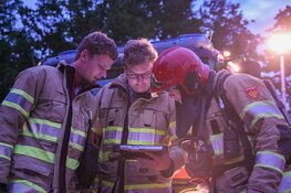 Twee auto's beschadigd na brand in Blaricum