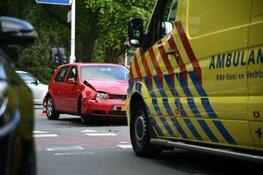 Gewonde na botsing op kruising Hilversum