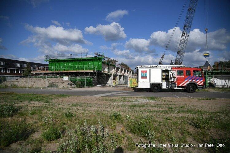 Brand op bouwplaats Hilversum, politie sluit weg af