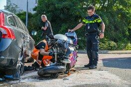Ongeluk tussen auto en motor Weesp